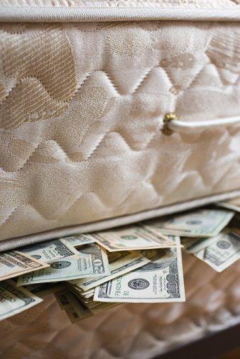 Money-in-the-mattress-772122