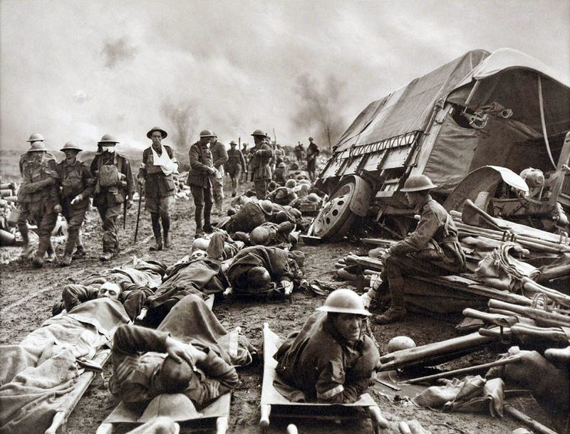 Battle_of_Menin_Road_-_wounded_at_side_of_the_road-2