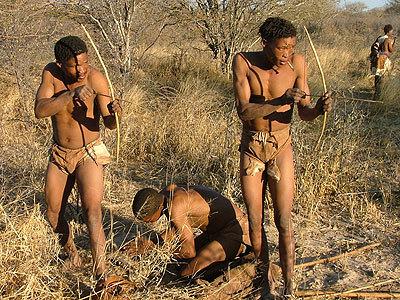 Bushmen_kalahari_safari_botswana_reis1