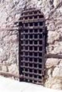 Prison_door