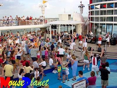Sail_away_party_holland